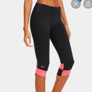 Under Armour Fly By Compression Capri Pants Large